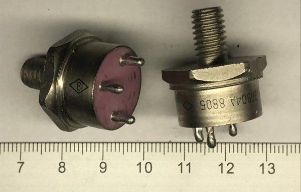 Транзистор 904,944,947 до 12,88г