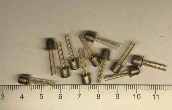 Транзистор полевики 3,4 ноги новые