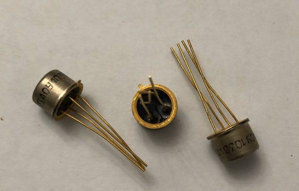 Транзистор АОТ,АОД новый